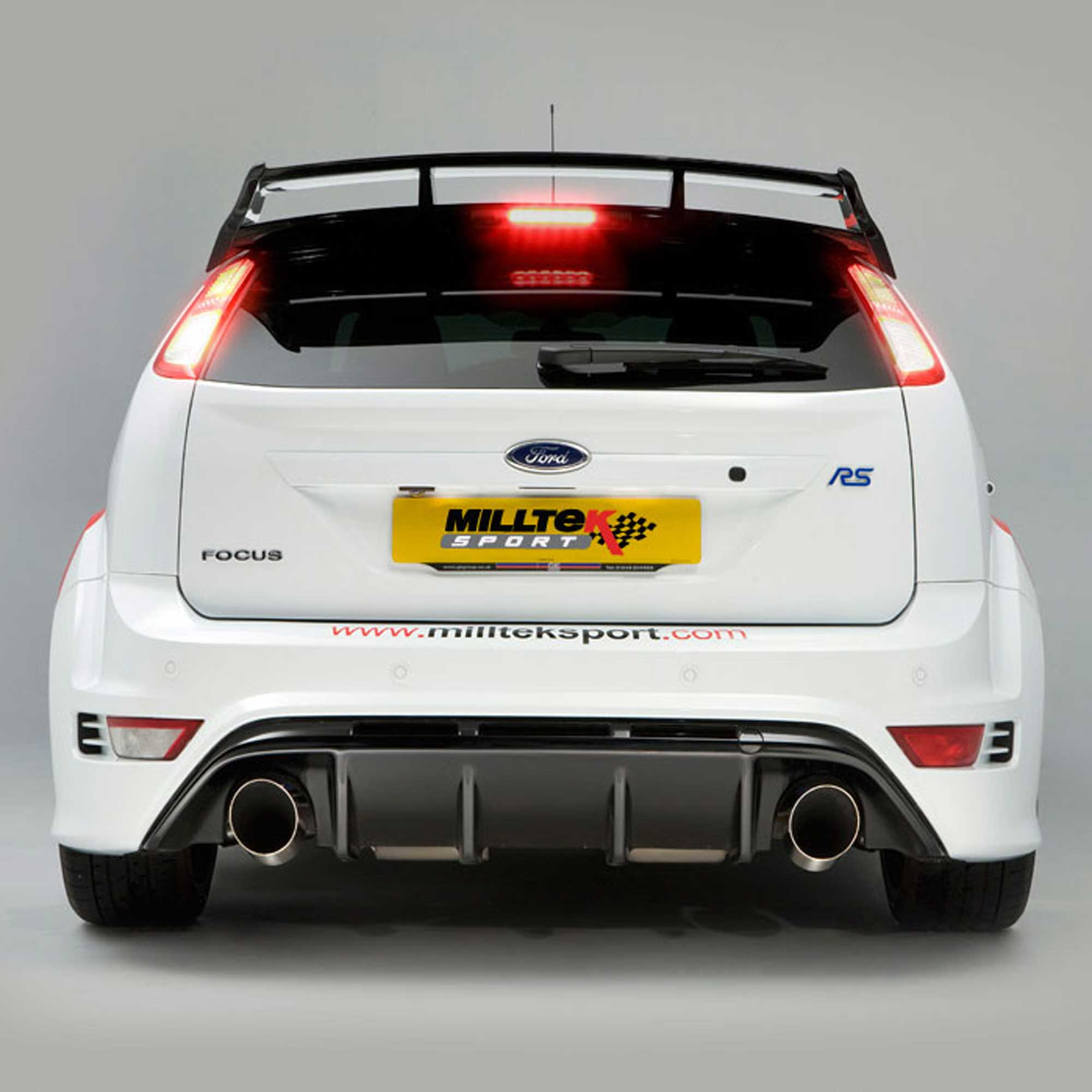 Details About Milltek Resonated Cat Back Exhaust For Ford Focus Rs Mk2 2 5t 09 10 Ssxfd070